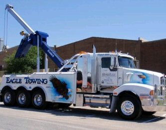 eagle-towing_1